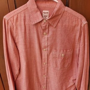 Long sleeve chambray button up shirt